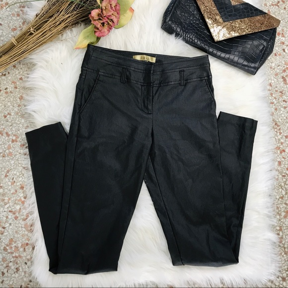 Dazz Chic Faux Leather skinny pants